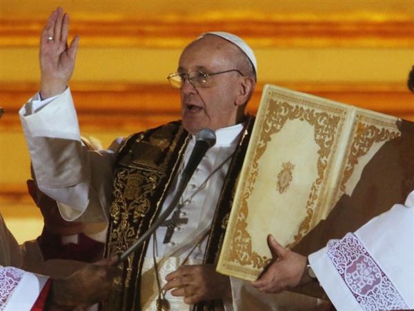 Paus fransiskus kasih berkat