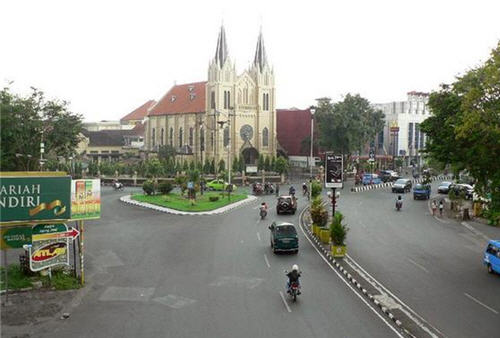 gereja katedral malang 2
