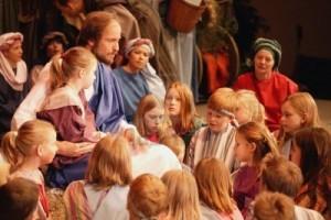 jesus-avec-les-enfants