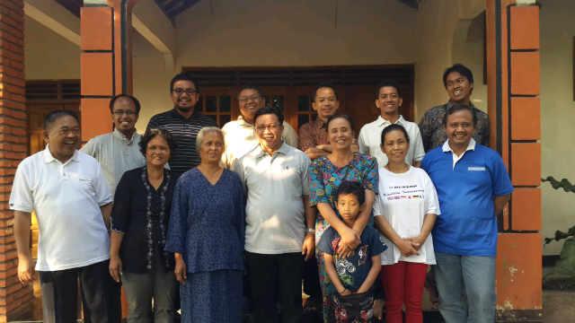 Mahendra Christy kunjungan pastoral keluarga pastor 1