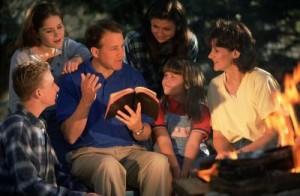 kitab suci membaca dalam keluarga by motherhood