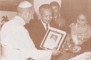 Paus-Paulus-VI-dan-Presiden-Suharto