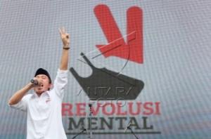 revolusi mental by Antara