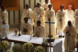 Gotaus misa uskup di kosambi 3