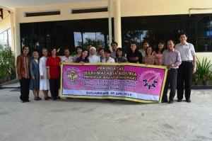 Pengurus Perdhaki Sub Recipient Banjarmasin Berfoto Bersama Peserta Hari Malaria Sedunia 2014