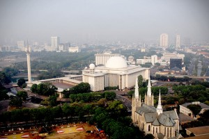 katedral dan mesjid istiqlal by indonesia travel
