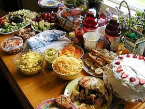 meja makanan by eykar