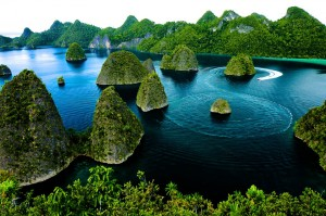 raja ampat by indonesia travel