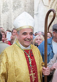 uskup rouen 2