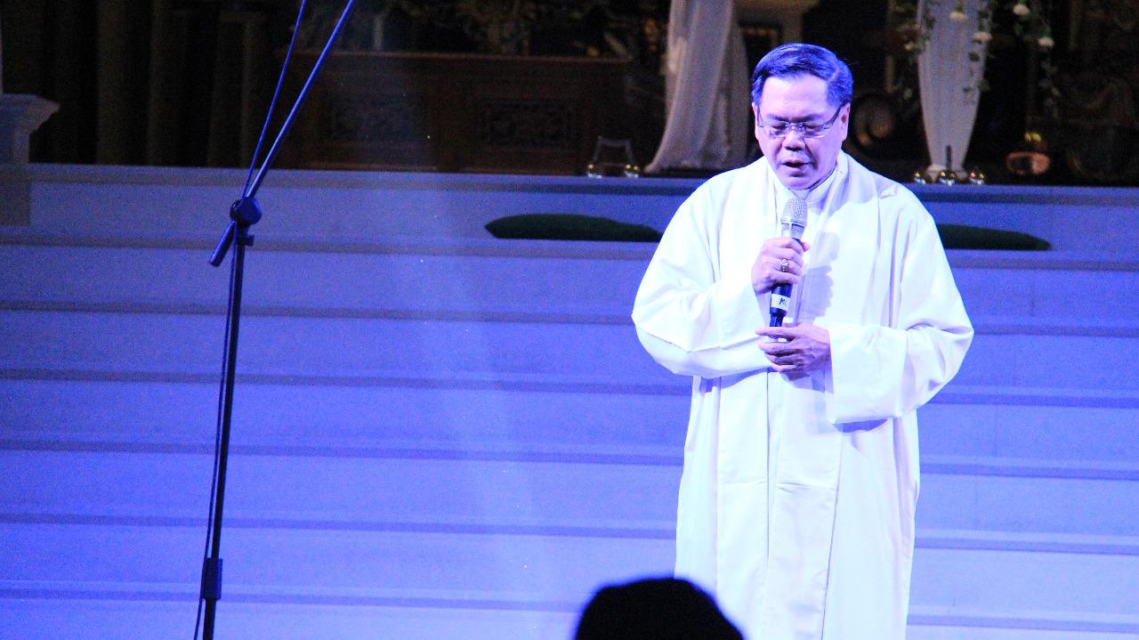 Doa oleh imam.