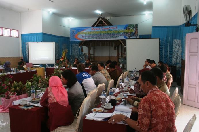 Peserta LSM di Mentawai Summit