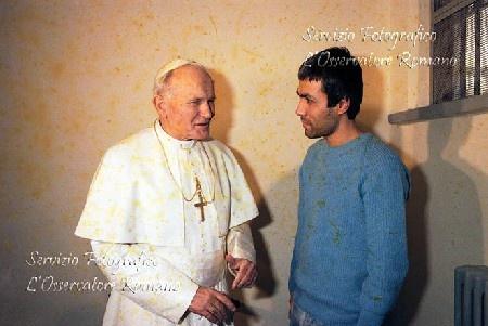 Paus Yohannes Paulus II dan Mehmet Ali Agca