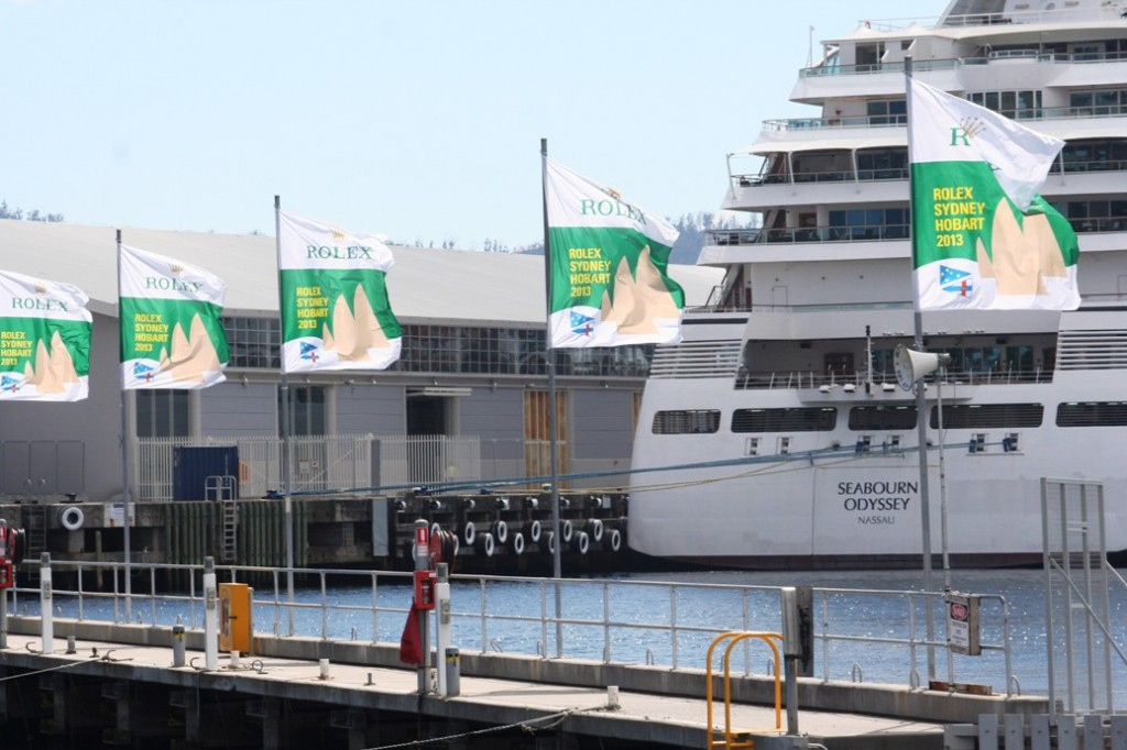 Hobart bendera race dan kapal pesiar Seabourn Odyseey Nassau