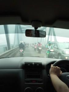 Pontianak berasap jembatan tol by Susana