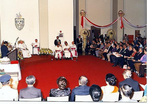 Paus di Unika Atma Jaya