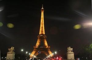Le tour d'Eiffel by Mathias Hariyadi