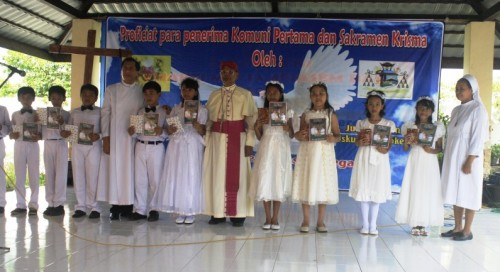 Mejasem paroki krisma bapak uskup