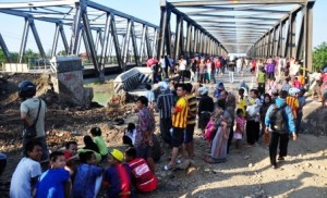 Jembatan Comal by Solo Pos