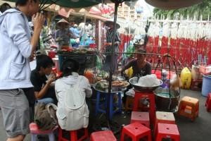 Pedagang kaki lima di Saigon 2