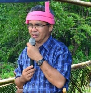 Pastor Robert Ramone CSsR Rumah Budaya Sumba by Sinar Harapan ok