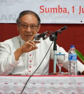 Mgr. Piet Turang/ Foto : Dio Bowo (Sesawi.net)
