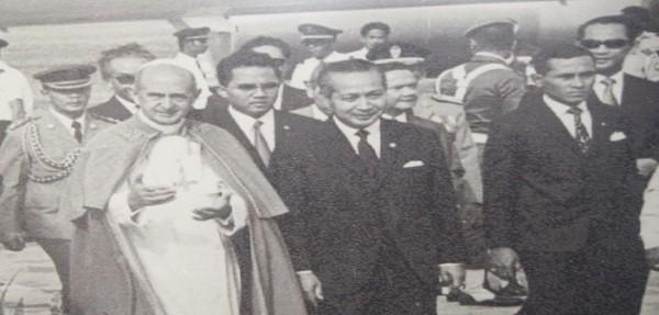 Kunjungan-Paus-Paulus-VI-ke-Indonesia-1970