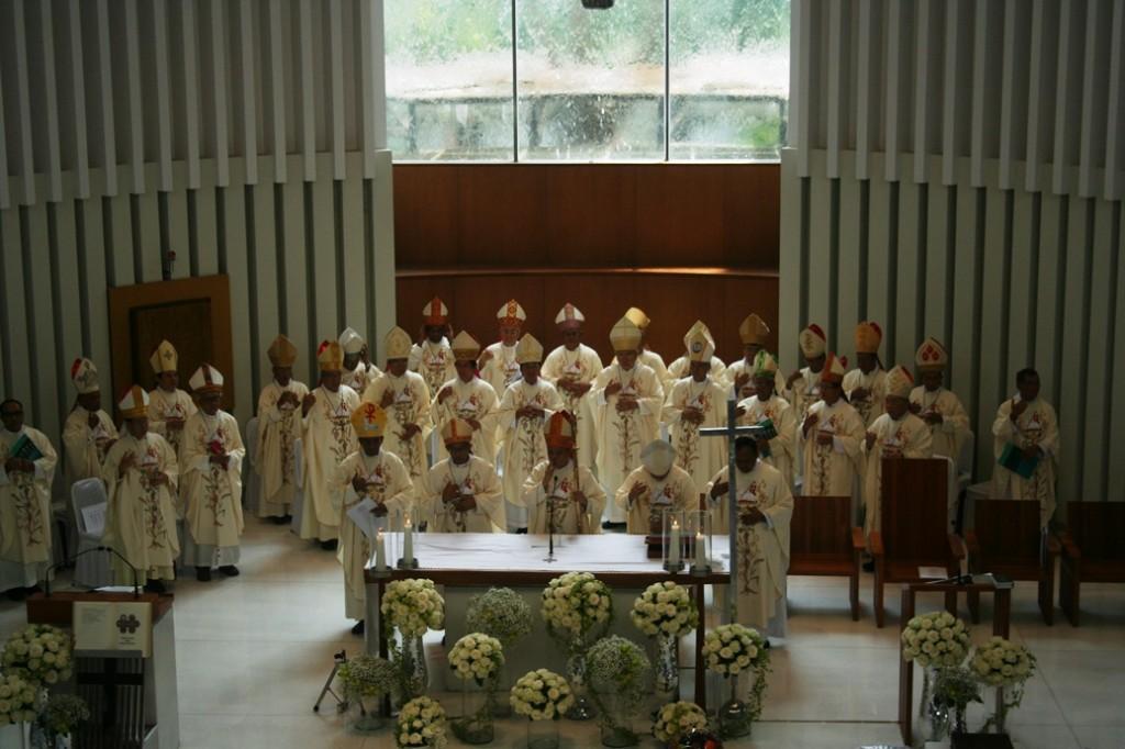 Uskup KWI misa di Kosambi Baru 2
