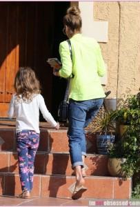 Jessica Alba & Daughter Honor Visit A Friend