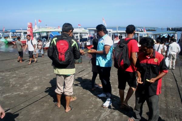 Pelabuhan Bangsal Lombok pemeriksaan tiket kapal