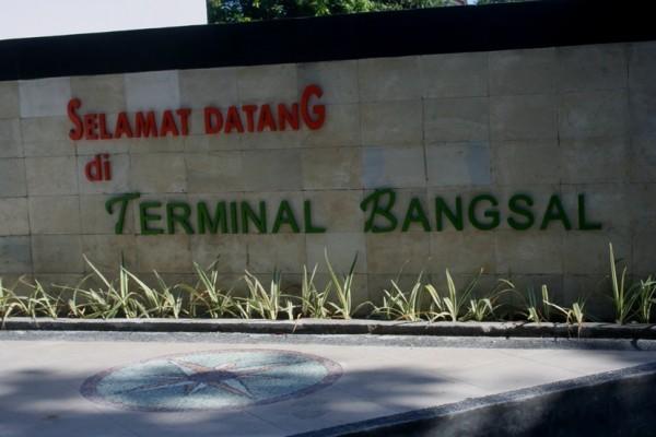 Terminal parkir Bangsal Lombok