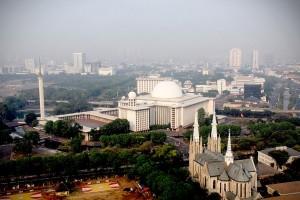 katedral dan mesjid istiqlal by indonesia travel