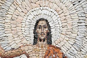 stone-mosaic-jesus-christ-resurrection-9207597