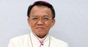 Mgr-Petrus-Boddeng-Timang_01