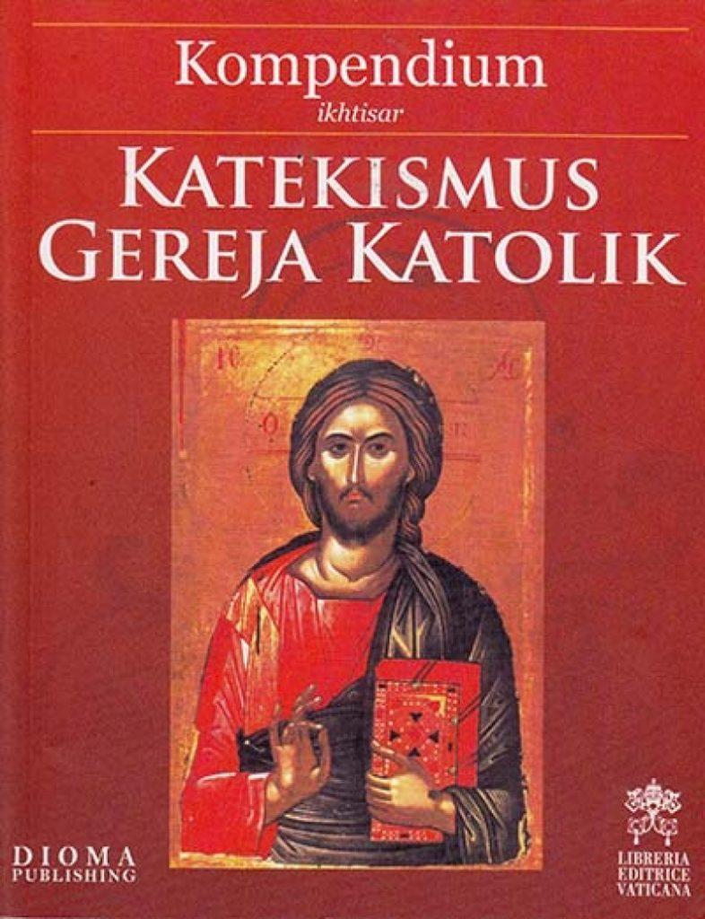"""Buku """"Katekismus Gereja Katolik"""" terbitan Dioma Malang. (Ist)"""