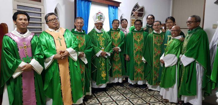 mgr christophorus tri harsono pr anak kolong jadi uskup